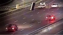 Video shows mattress flying off car roof, sparking motorway pile up