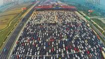 PHOTOS: Bird's-eye views of extreme Chinese traffic jam