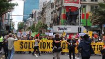 PHOTOS: Aucklanders march in climate demonstration