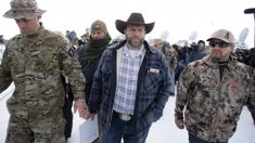 Locals tell armed Oregon militia to leave