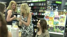 Nigella charms fans in Newmarket