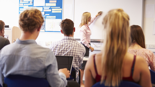 Survey of newly-graduated primary teachers reveals massive underemployment