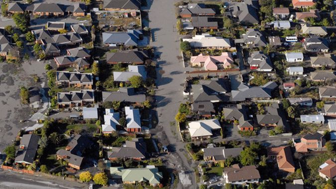 Aerial view of earthquake damaged houses in Christchurch. Photo / Geoff Sloan