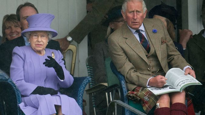 Queen Elizabeth II and Prince Charles (Getty Images)