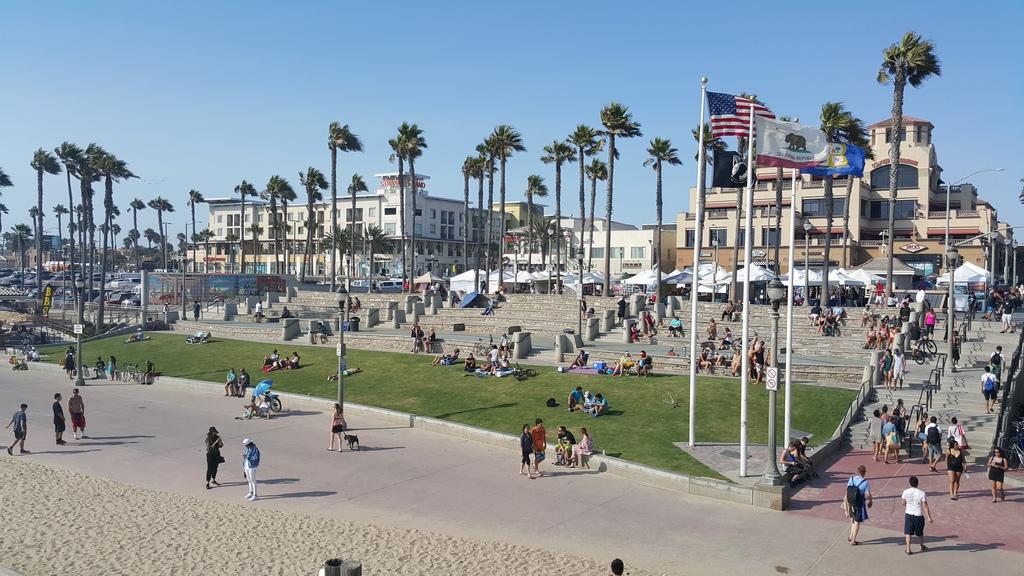 Huntington Beach in California (Chris Lynch)