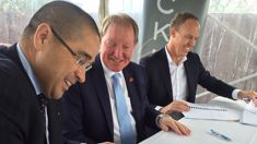 Deal signed for extra 100 homes on Crown land in Auckland