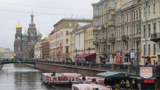 St Petersburg (Mike Yardley).