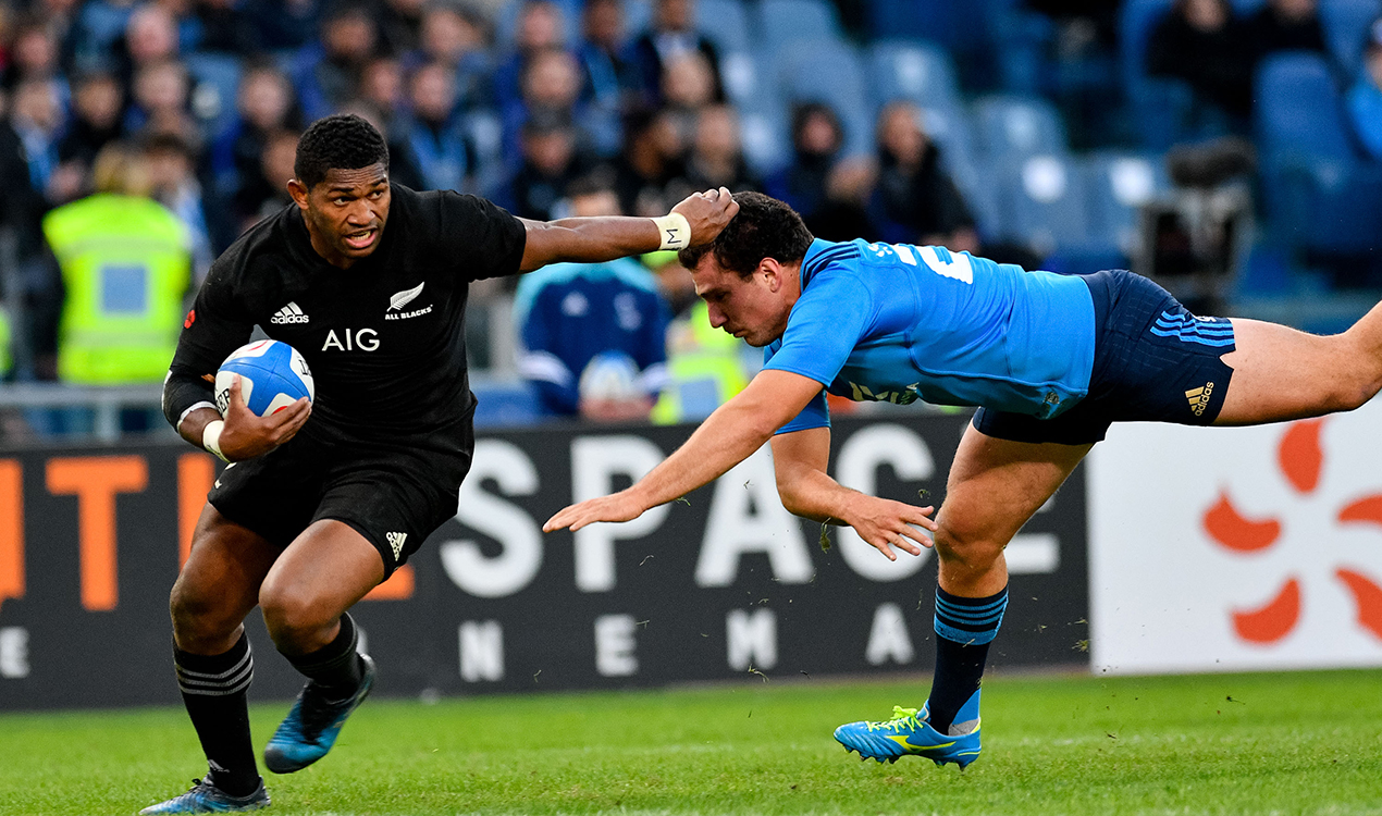 Waisake Naholo on the run (Getty Images)