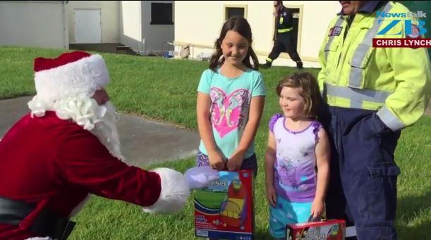 Chris Lynch and Santa visit Kaikoura kids