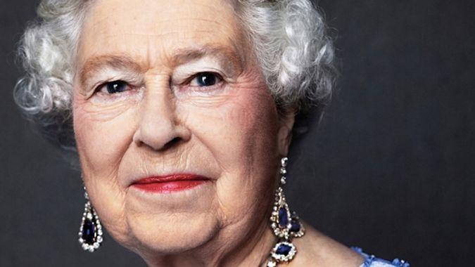 UK correspondent: Queen returns to 'light duties' after last week's hospital visit
