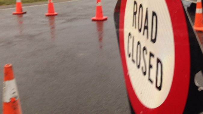 Emergency services have closed off part of a busy road in Mangere, South Auckland, because a gas main issue (Jessica McCarthy)