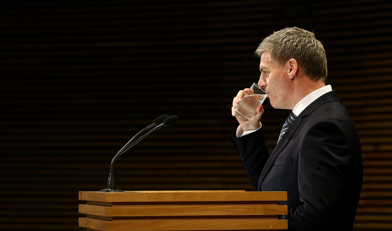 Bill English delivering his post-cabinet press conference (Getty Images)