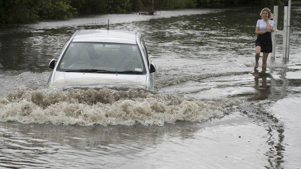 car-remuera-flooding.jpg