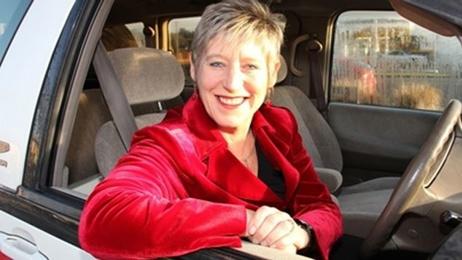 Christchurch Mayor Lianne Dalziel talks to Chris Lynch