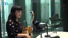 Tami Neilson performs in studio with Mark Dye