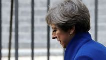 UK election: May to lead minority govt on eve of Brexit talks