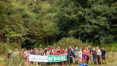 Community group protests gold mining on Mt Karangahake