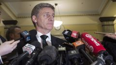 Prime Minister Bill English talks to media yesterday. Photo / Mark Mitchell
