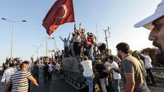 Turkey sacks over 7000 police and academics