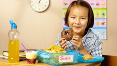 Nadine Higgins: Stricter rules needed for advertising food to kids