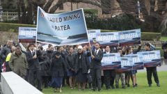 Ngati Ruanui iwi, of Patea, marched on Parliament in September last year to present a 6000 signature petition opposing seabed mining. (Photo/File)