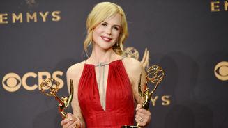 Kidman dedicates Emmy to daughters