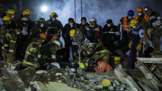 Frantic rescue efforts continue at Mexican school