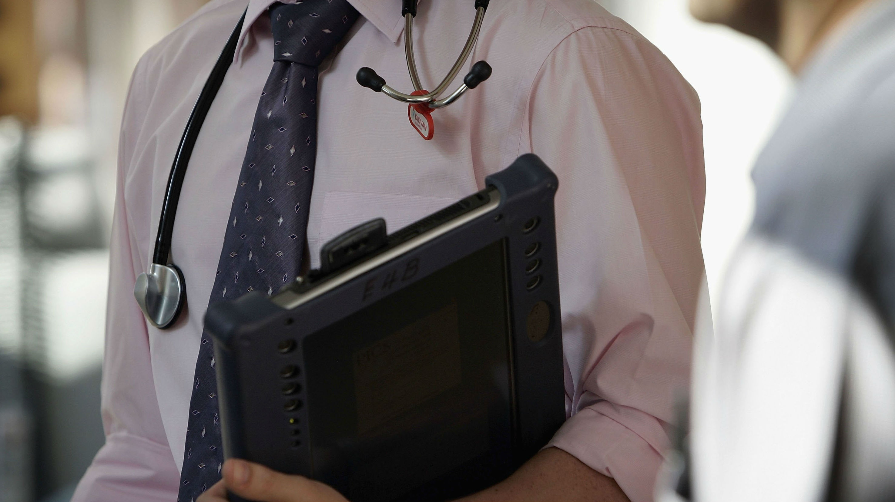 New Zealand cannot place more medical students and junior doctors into work experience because there is not enough senior staff to supervise them, new research has found (Getty Images)