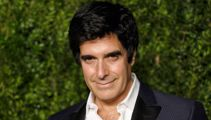 David Copperfield distracts audience during shooting
