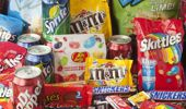 A world-first study by Otago and Auckland universities has found New Zealand kids are exposed to 27 junk foods ads every day. (Photo \ Getty Images)