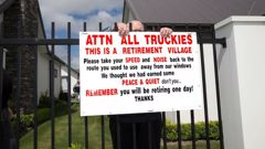 A rest home owner verbally abuses tenants after they put up a sign complaining about noisy trucks. (Source: Star.kiwi)