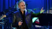 Neil Diamond announces Napier show