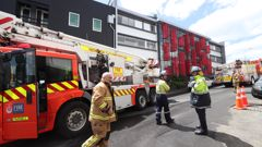 Fire crews are on the scene in Parnell. (Photo \ Jason Oxenham)