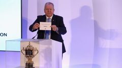 Bill Beaumont, the World Rugby chairman, announces that France will host Rugby World Cup 2023. (Photo / Getty Images)