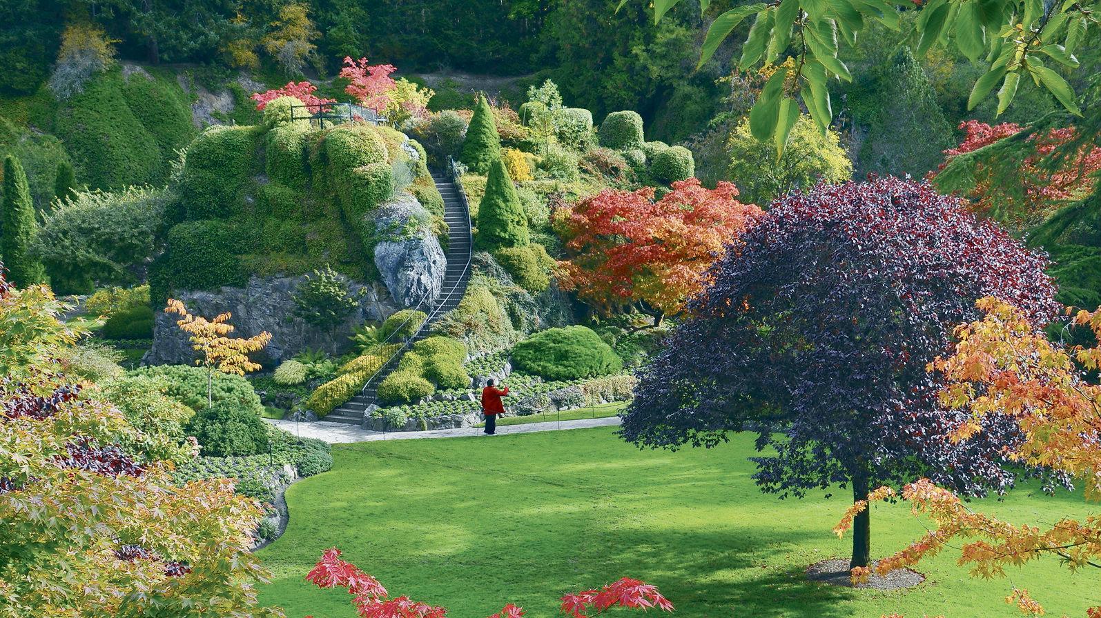 Designated A National Historic Site, Thereu0027s Actually Five Seasons At  Butchart Gardens, Because Christmas