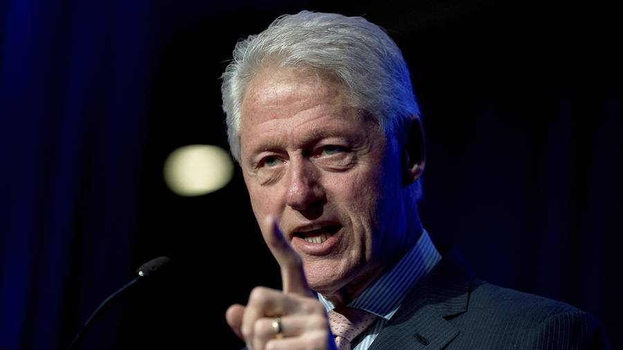 Bill Clinton accused by 4 different women of sexual harassment