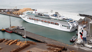 $10 million wharf extension to allow more cruise ships