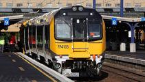 Rail strike off, Wellington trains back on