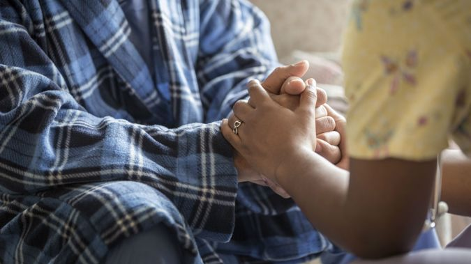 Rest home caregiver (Photo \ Getty images)