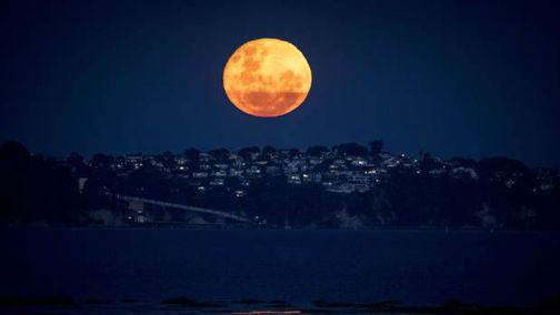 blood moon tonight auckland - photo #18