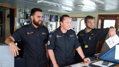 Past and present crew have given a send-off to the ship at Devonport Naval Base (Photo/Herald)
