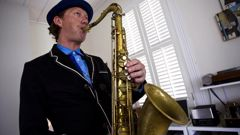 Kiwi saxophonist Nathan Haines has had major surgery to remove part of his voicebox after a throat cancer diagnosis. (Photo / Getty)