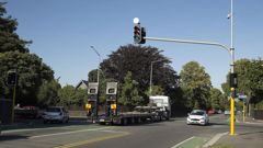 A report commissioned by a residents' association reveals heavy vehicles cannot get around corners at Glandovey and Idris Rds without cutting into other lanes. (Photo / star.kiwi)