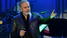 Neil Diamond cancels NZ tour after Parkinson's diagnosis