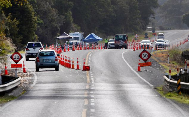 A checkpoint has been in place a number of times to restrict travel north of Whangārei when there has been a Covid scare. (Photo / Michael Cunningham)