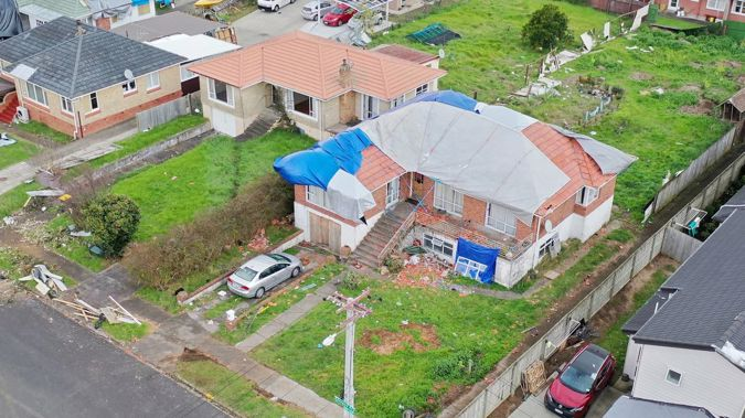 An aerial shot shows some of the damage to homes in Papatoetoe caused by the tornado that tore through the suburb on Saturday morning. (Photo / Chris Tarpey)