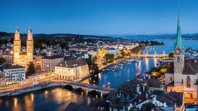 Zurich at twilight (Image / Mike Yardley)