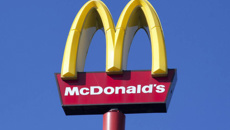 McDonald's to take away cheeseburgers from Happy Meal