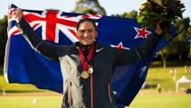 Valerie Adams receives gold medal from 2010