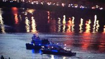 Helicopter crashes into New York river, at least 2 dead, 1 rescued